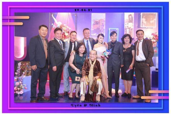 photo-booth-wedding-gem-center-uyen-minh-fotomoto